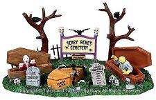 Lemax 03802 SCARY ACRES CEMETERY Spooky Town Table Accent Halloween O Retired I