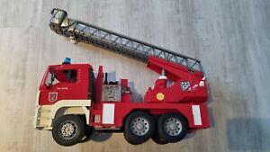 Bruder Feuerwehrauto Drehleiter sehr guter ZustandMAN