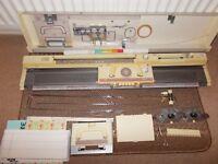 BROTHER KH891 knitting machine
