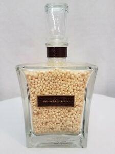 Bath & Body Works Vanilla Noir Limited Edition Luminous Bath Pearls (6.3 OZ)