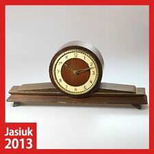 VESNA Soviet Russian Wooden Brass Mantel Shelf Table Mechanical Wind up Clock