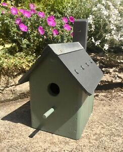 BIRD HOUSE NEST BOX - SAGE GREEN - HANDMADE BESPOKE - WOODEN - SOLID & STURDY