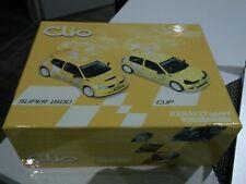 Coffret renault clio cup + clio S1600 universal hobbies 1/43