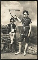 SISTERS CUTE CHILDREN FAMILY RPPC BEACH SOCIAL HISTORY ANTIQUE PHOTO POSTCARD