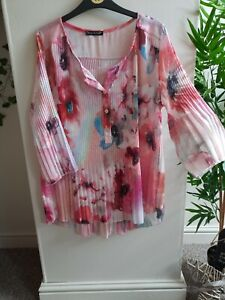 Made in italy tunic top beautiful colours.