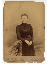 LADY W/ HANDS FOLDED BY HAY, BRISTOL, PA, CABINET PHOTO