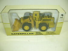 SHINSEI CATERPILLAR 992c W/BOX - MAKE OFFERS!!!