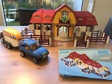 Playmobil Reiterhof 5221 mit extra Fahrzeug mit Pferdeanhänger