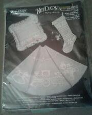 Vintage Charmin Net Darning Kit - Noel Pillow, Tree Skirt, Stocking