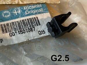 New Genuine OEM Fiat Alfa Lancia Ferrari Cable Pipe Retaining clip 14501087