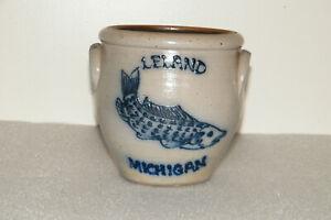 Leland Michigan Fish Rockdale Union Stoneware Salt Glazed Pottery Crock
