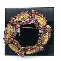 Vintage 60's Juliana D&E GoldTone Tears & Fuchsia Rhinestones Wreath Pin Brooch