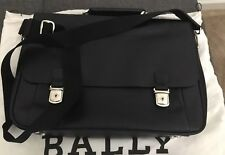 NEW BALLY GRAINED LEATHER MESSENGER BAG