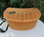 bourriche panier de pêche en plastique orangé bandoulière vintage