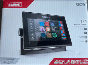 Simrad GO9 XSE Fishfinder Active Imaging 3 in 1 Transducer CMAP Pro