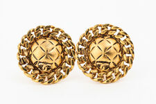 Authentic CHANEL Gold-tone Matelasse Clip-On Earrings France #2613