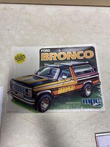 Vintage MPC 1/25 Ford Bronco Model Kit