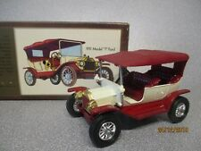 Matchbox Yesteryear Y1 1911 Red/White  Coachwork..Woodgrain Box