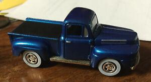 Johnny Lightning Truckin ' America #34 1950 Ford F-1 Blue Rubber Tires!