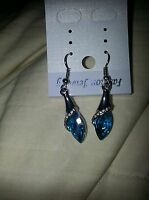 Earrings-beautiful Blue Crystal earrings .925 sterling silver set w/CZ-exquisite