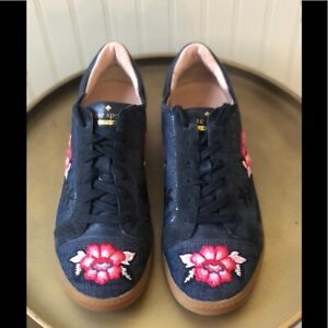 KATE SPADE   EVERHART DENIM W/ EMBROIDERED FLOWER SNEAKERS. SIZE: 7.5. EUC