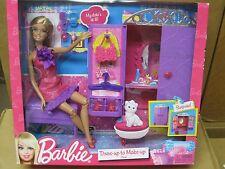 (Bxj) 2011 Barbie's *Dress-Up To Make-Up* Closet