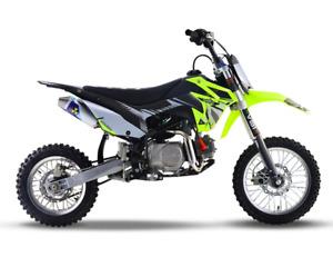 Genuine Thumpstar ® TSB 125cc E   DIRT BIKE   TRAIL BIKE   MOTOCROSS   PIT BIKE