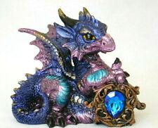 blauer Drachen Fantasy Figur  Tyrian, mit Kristall, 11 cm hoch