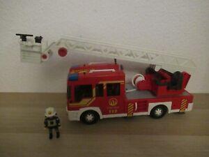 Playmobil Feuerwehr Leiterwagen mit licht und sound