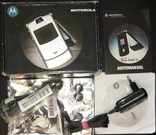 Überholt! Motorola RAZR V3 silber / silver ohne Simlock! SEHEN + LESEN!