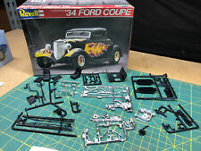 34 Ford Street Rod Chassis W JAG ? Rear End  UNBUILT 1:25 Revell LBR Model Parts