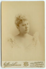 THEATRICAL VAUDEVILLE ACTRESS: Broadway Actress by Gilbert & Bacon Cabinet Card
