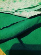 Cuatro piezas de Verde Vintage 70/80's hombre hecho de tela de diversas longitudes,