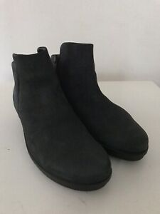 HARDLY WORN ECCO BLACK NUBUCK WEDGED SOLES ZIP-UP ANKLE BOOTS 4.5 37