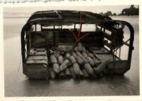 22585/ Originalfoto 6x9cm, Dünkirchen,  zurückgelassener engl. Munitionswagen