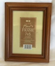"Solid Wood photo frame with glass insert for 7x5"" photo"