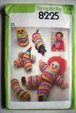 Simplicity 8225 Vintage Yo-Yo Doll Owl Dog Caterpillar Clown Toys Pattern Comp