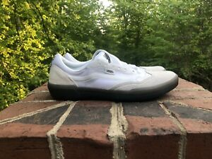 Vans Ave Pro Skate Shoes Mens Size 8 White Smoke 721356