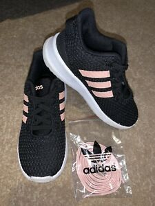 ADIDAS INFANT SIZE 8 TRAINERS