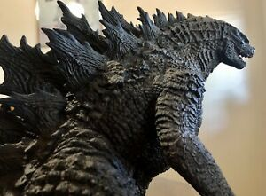 X-Plus Toho Large Monsters Series Godzilla 2019 Garage Toy 25cm Monsterverse