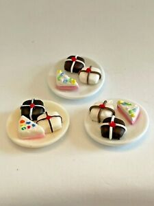 Plate of PETITE FOUR DESSERTS Artisan Dollhouse Miniature 1:12 Handcrafted
