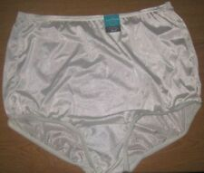 VANITY FAIR  PERFECTLY YOURS RAVISSANT TAILORED  BRIEF -#15712- OFF WHITE  9/2XL