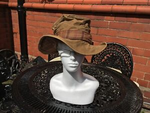 VINTAGE LADIES BARBOUR TARTAN COUNTRY CLOTHING COTTON HAT - SMALL