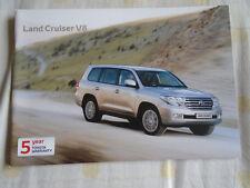 Toyota Land Cruiser V8 range brochure Aug 2010