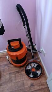 Vax  Vacuum Cleaner Wet n Dry Carpet Washer