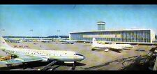 MOSCOU (RUSSIE) AEROPORT / AVION à DOMODEDOVO AIRPORT en 1968