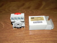 Relay Socket Standard Octal 8 Pin 15A Dayton 5X852N