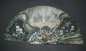 FINE ANTIQUE FRENCH ART NOUVEAU TINNED CARVED MOTHER OF PEARL IRIS DESIGN FAN
