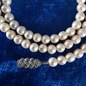 Vintage Faux Pearl Chocker Necklace With Rhinestone And Silver Tone Clasp 20cm