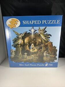 NEW Sealed Nativity Scene 700 Pc Shaped Puzzle Christmas Jesus In The Manger